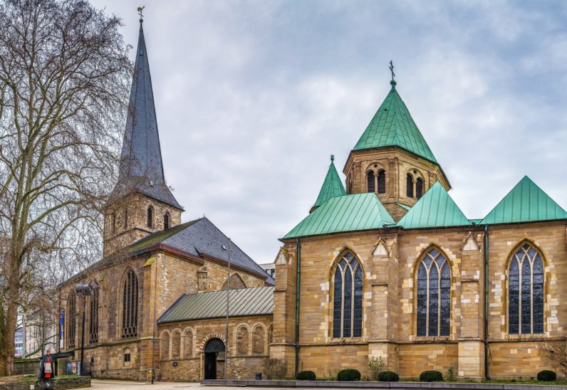 Diocese of Essen: Building a Knowledge Base with MeisterNote (Success Story)
